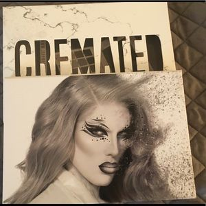 Jeffree Star Cremated palette